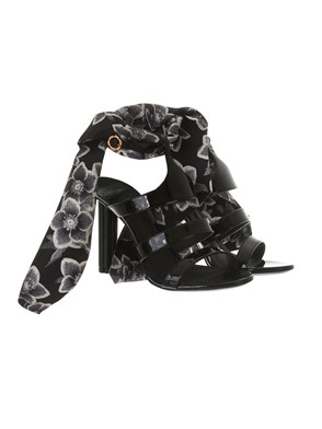 SALVATORE FERRAGAMO - BLACK FOULARD SANDALS