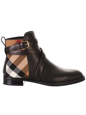 BURBERRY - BLACK VAUGHAN ANKLE BOOTS