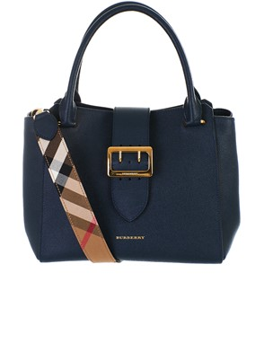 BURBERRY - BLUE BAG