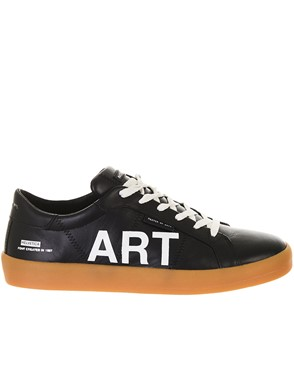 MASTER OF ARTS - BLACK SNEAKERS