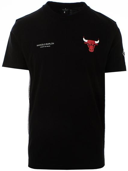 32e08e975 marcelo burlon county of milan BLACK CHICAGO BULLS T-SHIRT available ...