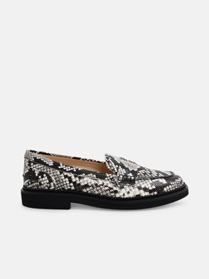 TOD'S - SNAKE PRINT LOAFERS