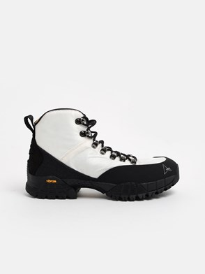 ROA HIKING - BLACK AND WHITE ANDREAS ANKLE BOOTS